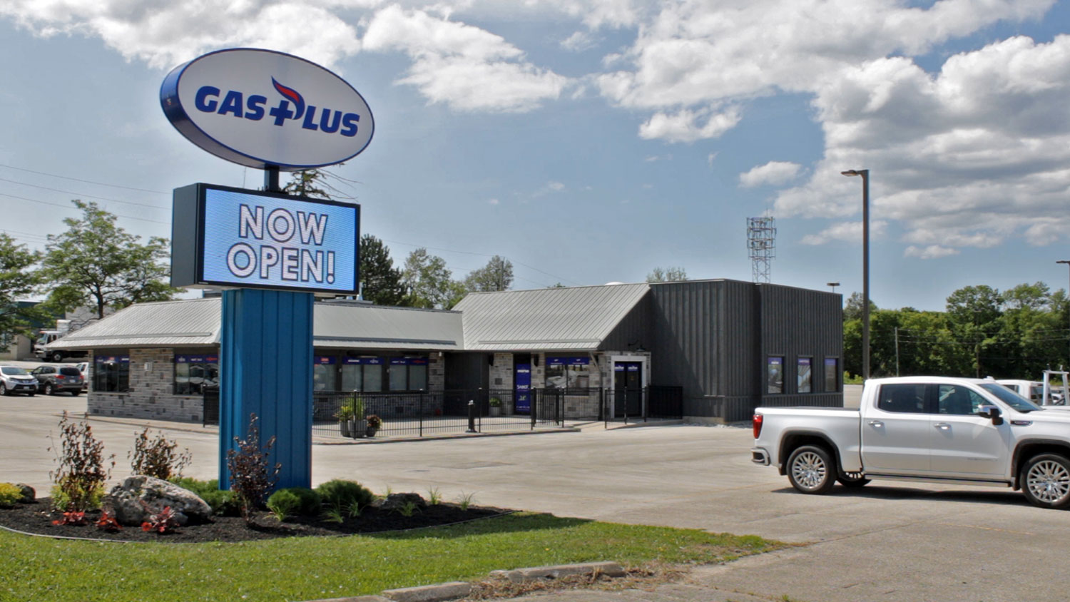 Gas Plus Exterior Showroom and Road Sign